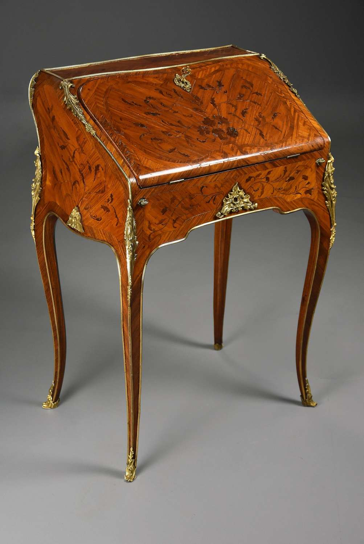 Superb Louis XV petite secretaire en pente in the manner of BVRB